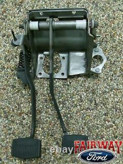 92 93 94 95 96 97 F250 F350 Oem Genuine Ford Clutch & Brake Pedal Asm. Avec Le Printemps
