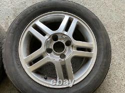 Genuine Oem Ford Focus Mk1 15 4x108 Roues Alloyées + Tyres